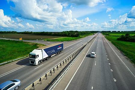 Oferujemy przewóz międzynarodowy ładunków o masie do 25 ton